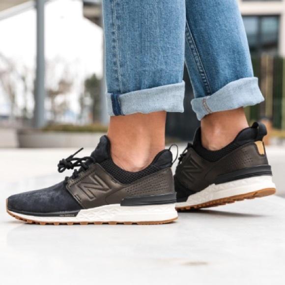 Buy Women's Sports Shoes New Balance Nubuck 574 Sport Shoes